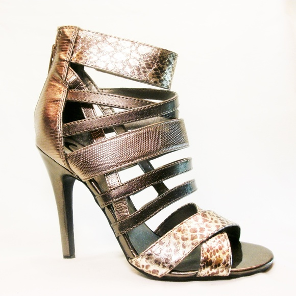 ddb1dcde1 Guess High Heels Sexy Strappy animal Print 6 Women